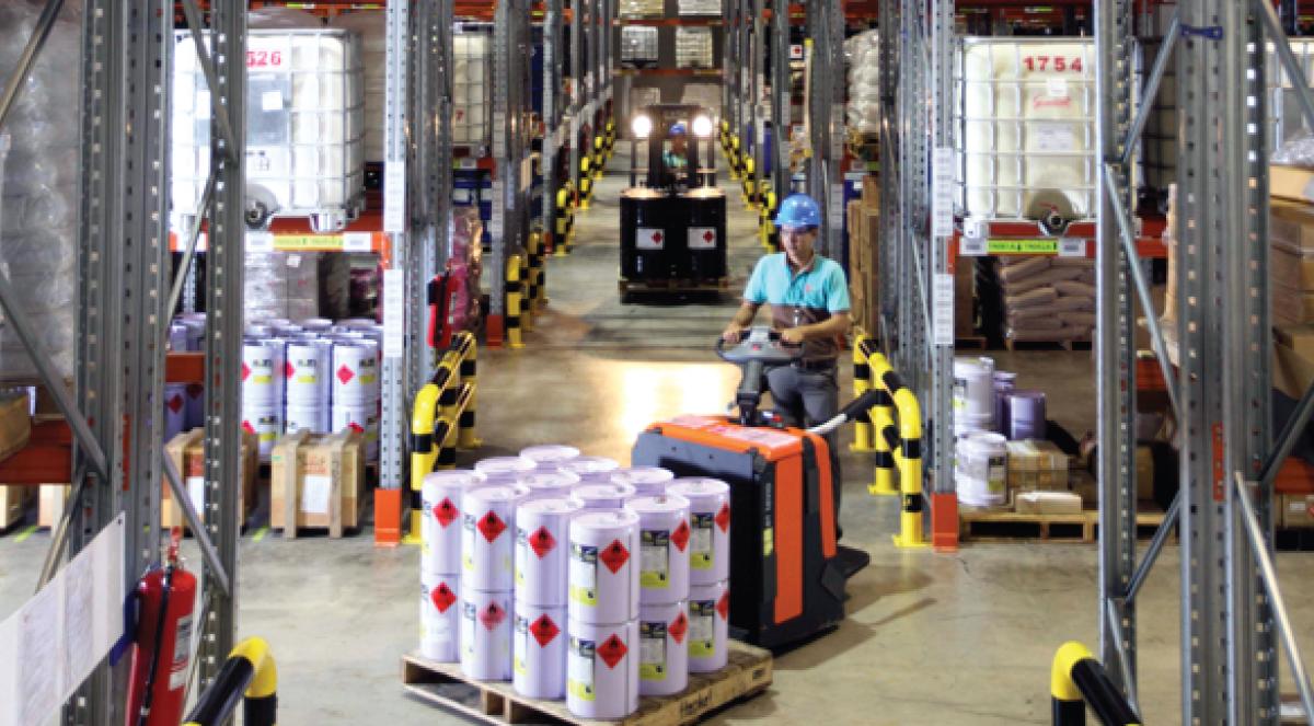 DG Warehouse Service